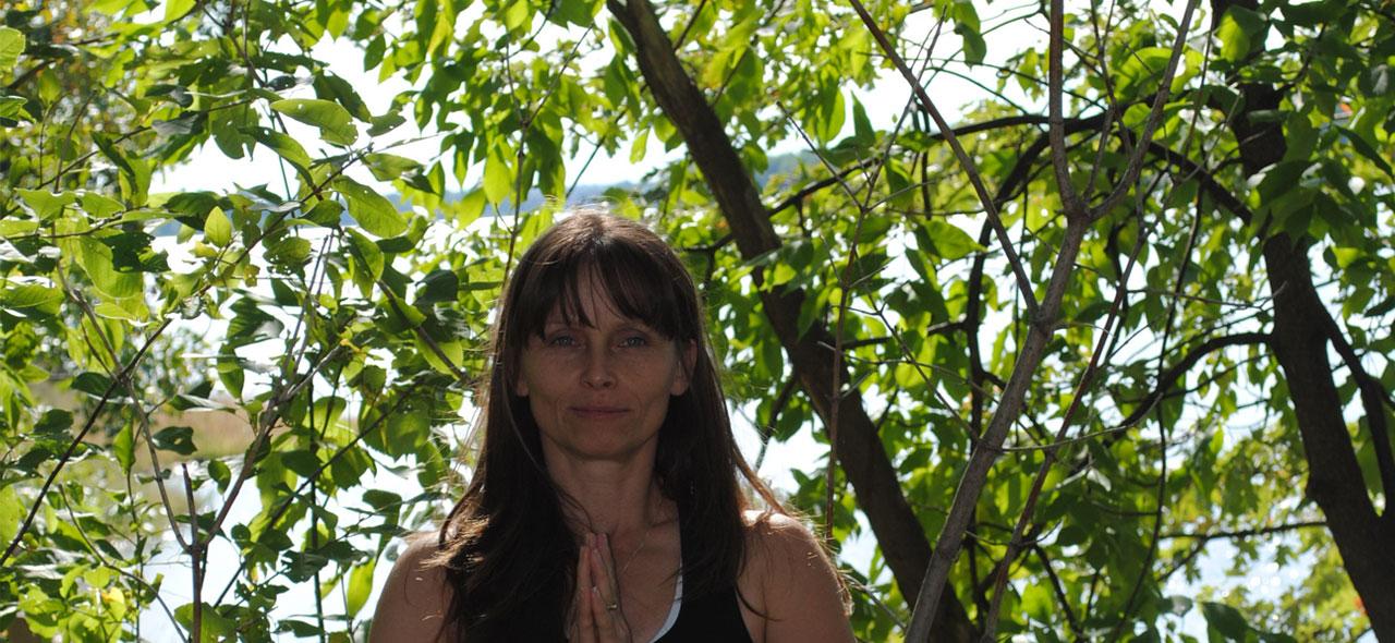 Yoga Pose - Dhyana